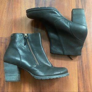 Clarks indigo black heel bootie